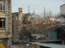 Contrasting neighborhoods